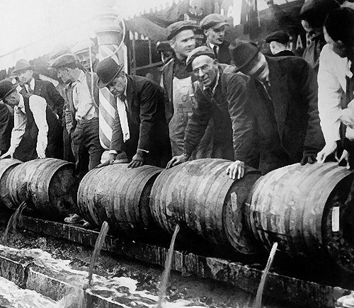 the effects of the prohibition during world war i During world war i, prohibition advocates buttressed their cause through the food and fuel control act (1917), which contained a section prohibiting manufacture of.